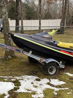 Yamaha Jet Ski and Trailer for Sale in Manchester Township,  NJ