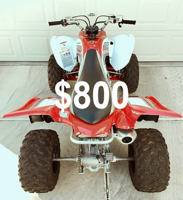 URGENT$800 For sale 2008 Yamaha Raptor Clean tittle Runs and drives great.,no issues! clean title Very clean.