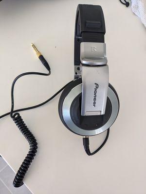 Pioneer HDJ 2000 DJ headphones incredible! for Sale in Las Vegas, NV