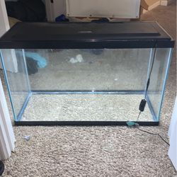 """29 Or 3"""" Gallon Fish Tank With hood light for Sale in Kyle,  TX"""