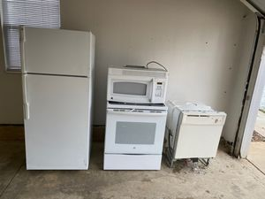 all white full kitchen appliance set for Sale in Aurora, OH