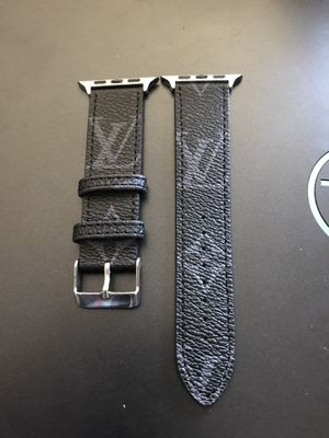 Apple Watch Band L V 42mm 44mm for Sale in Fresno, CA