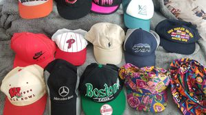 Hat lot snapback 14 for Sale in North Miami, FL