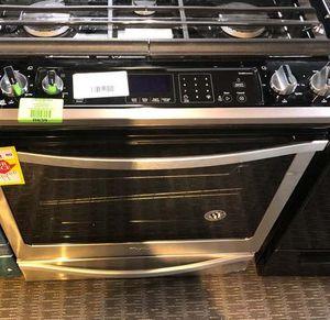 Whirlpool Stove WEG745H0FS ALV for Sale in Houston, TX