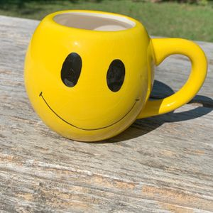 Happy Smiley Face Wink Mug for Sale in Austin, TX