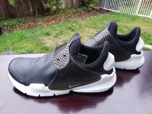 Nike Sock Dart SE Mens 911404-001 Black White Slip On Running Shoes Size 6 for Sale in Everett, WA