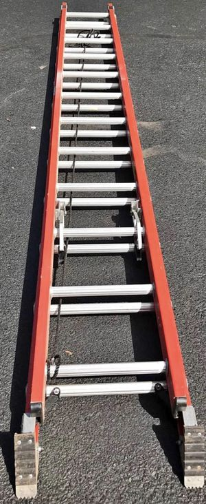 Ladder, 24 ft , fiberglass, 300 LB for Sale in Collegeville, PA