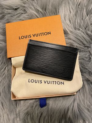 100% Authentic Louis Vuitton Epi Card Holder (For Anyone) for Sale in McKinney, TX
