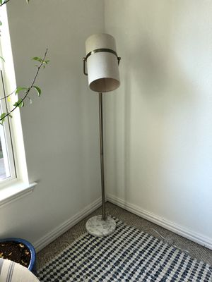 Beautiful marble and gold floor lamp. for Sale in Dallas, TX