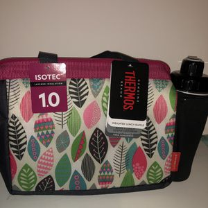 New with tags THERMOS Lunch bag with water bottle for Sale in Los Angeles, CA