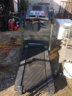 Pro form XP 550s Treadmill (works) for Sale in Portsmouth, VA