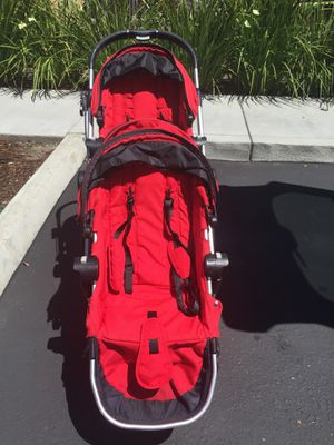 City Select double stroller, clean. $190 (includes rain cover, Britax car seat adapter) for Sale in Pleasanton, CA