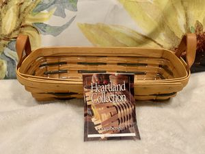 1999 Longaberger Muffin Basket for Sale in Vienna, OH