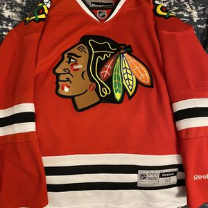 Chicago Blackhawks Jersey (M) NEW (Never Worn) for Sale in Dartmouth, MA