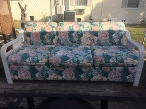 Sofa bed 🛏 for Sale in Frostproof, FL