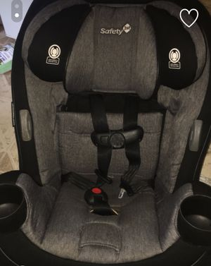 Black and gray Safety First car seat in Excellent condition for Sale in Philadelphia, PA