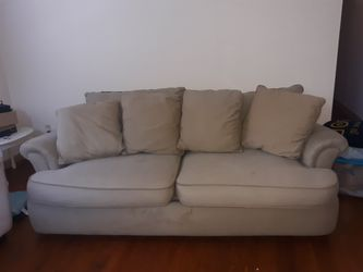Couch. No delivery. YES its AVAILABLE*** READ AD** for Sale in Columbus,  OH