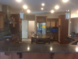 Kitchen Cabinets for sale! Full set! All offers considered! for Sale in St. Louis, MO