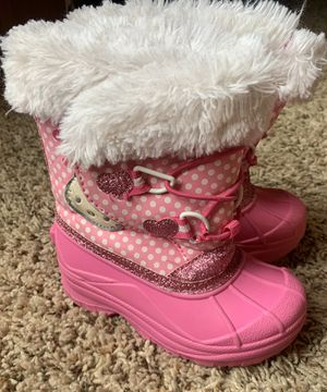 Hello kitty snow boots girls size 7/8 for Sale in Plainfield, IL
