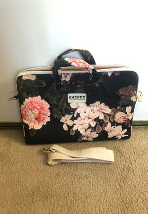 DACHEE Black Peony Patten Laptop Shoulder Messenger Bag/Laptop Case Laptop Brief Case for Sale in Ontario, CA