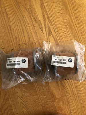 (2) GENUINE OEM BAND NEW BMW OIL FILTER 11421727300 for Sale in Bothell, WA