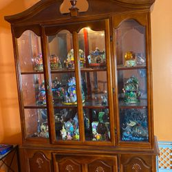 Vintage Cherrry China Cabinet for Sale in Monaca,  PA