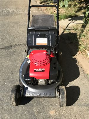 Honda commercial lawn mower HRC 216 make an Offer for Sale in Chico, CA