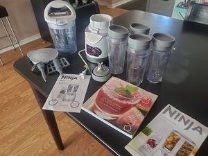 Like new Ninja Pulse BL205 blender for Sale in Tampa, FL