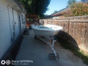 1978 15 foot glaspar fiberglass boat with 70hp Johnson. for Sale in Nampa, ID