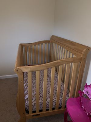 Sleigh crib for Sale in Canton, GA