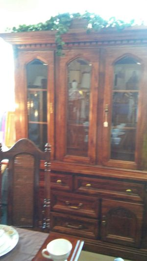 Antique China Cabinet! Very well kept!! $500 for Sale in Marietta, GA