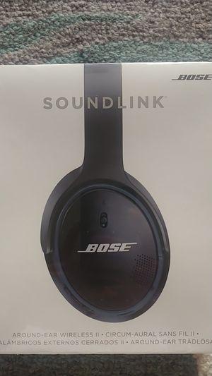 BOSE SOUNDLINK around-ear wireless II for Sale in Fremont, CA