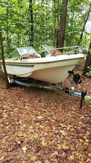 Boat wellcraft for Sale in Newport News, VA