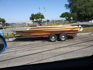 1976 charger boat 21ft day cruiser for Sale in Paramount, CA
