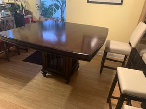Dining room set for Sale in Miami Gardens, FL