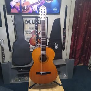 Takamine Classical Acoustic Guitar. for Sale in Los Angeles, CA