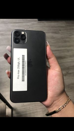 IPhone 11pro max for Sale in Roy, WA