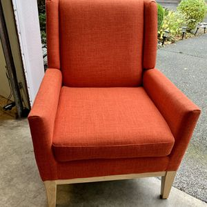 Beautiful Coral/ Reddish Fabric Accent Chair for Sale in Renton, WA
