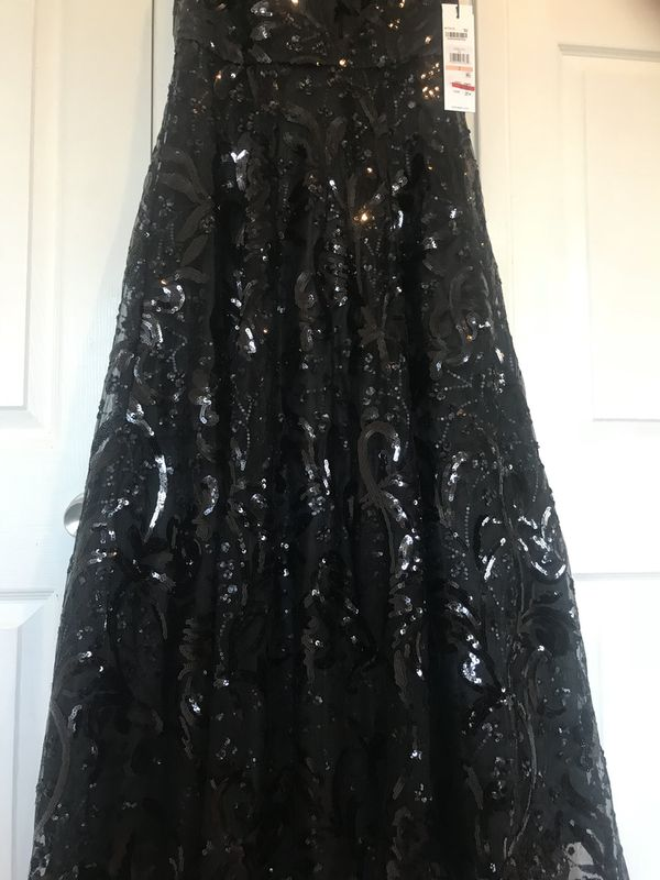 Calvin Klein prom dress NWT Elegant BLACK Sequined Floral High-Low Gown,