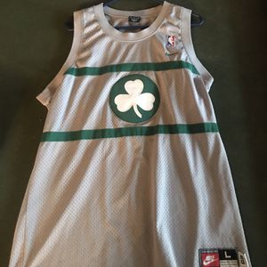 AUTHENTIC VINTAGE // Paul Pierce Celtics Jersey (Nike for Sale in Meridianville, AL