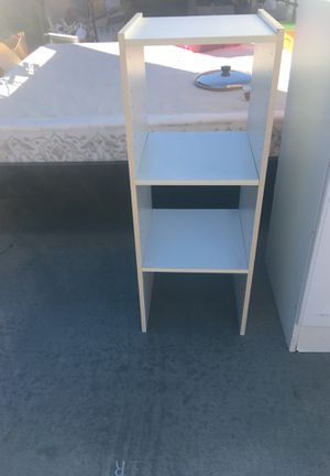 SHELF (SMALL) for Sale in Perris, CA