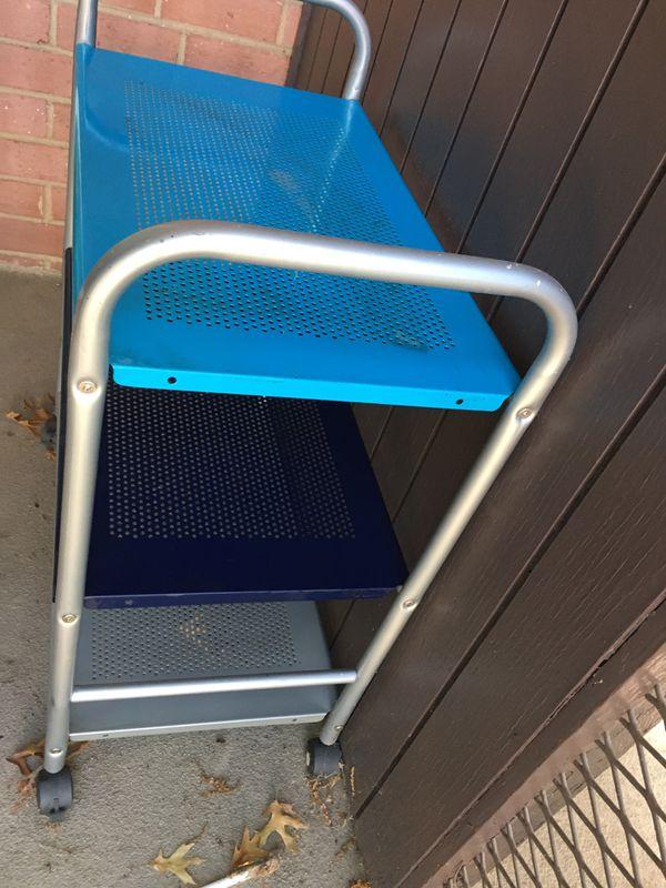 Storage cart with wheels
