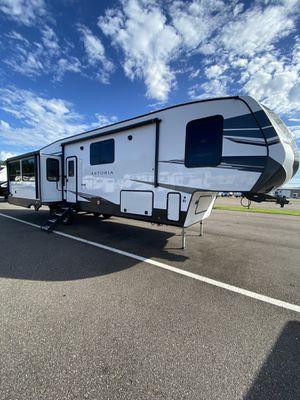 DutchMan 5th Wheel Camper for Sale in Dover, FL