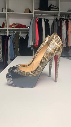 Louboutin red bottom stiletto heels size 40 EU for Sale in West Bloomfield Township, MI