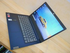 lenovo IdeaPad 3 Blue Ryzen 5 Pristine condition for Sale in Silver Spring, MD