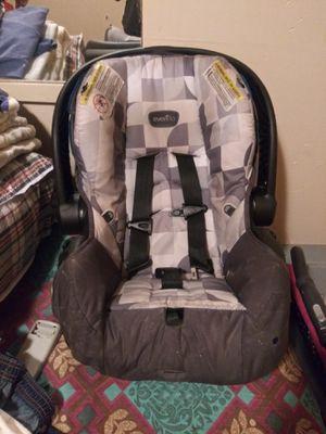 Car seat for Sale in Walterboro, SC