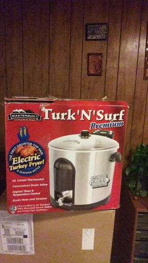 Masterfully electric Turkey Fryer for Sale in Germantown, MD