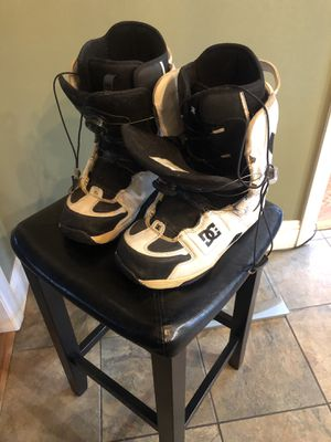 DC Scout Snowboard Boots Men's size 10.5 for Sale in Newton, NJ