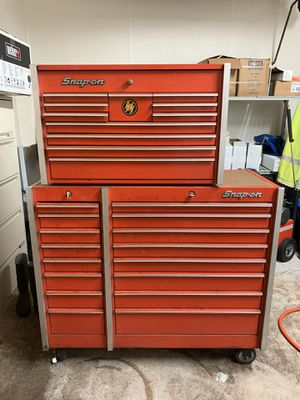 Snap on tool boxes with keys. for Sale in Oro Valley, AZ