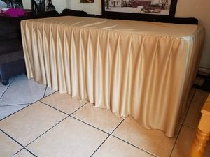 ✳️Table cloth For sale $20.00 Firm price For regular table 6ft for Sale in Fontana, CA
